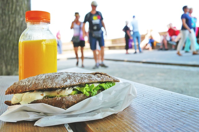 7 Ways to Take Advantage of Your Lunch Break